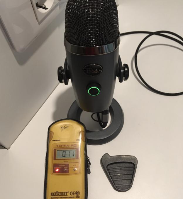 дозиметры и микрофон
